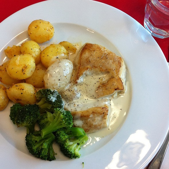 fish with potatoes @ Adidas International B.V.