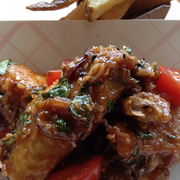 Tamarind Coconut Wings @ Hot Diggity!