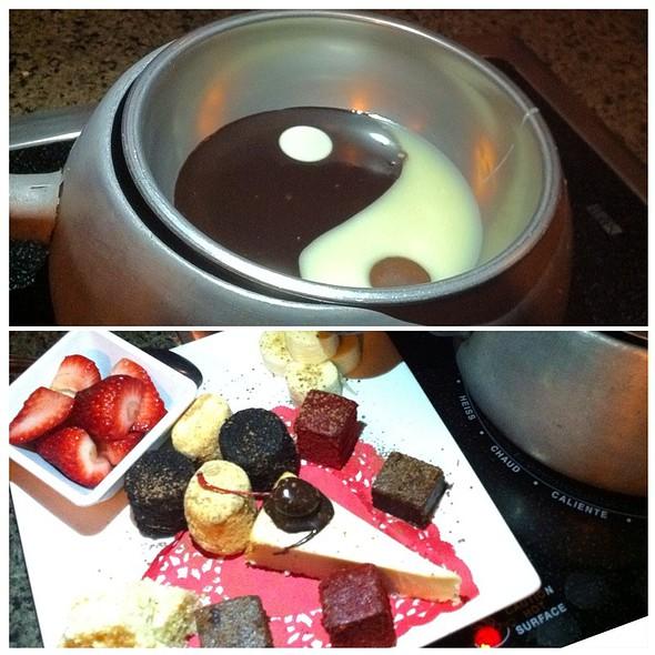 Yin & Yang Chocolate Fondue