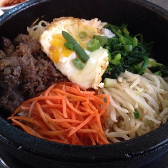 Dolsot Bibimbap @ SJ Omogari Korean Restaurant