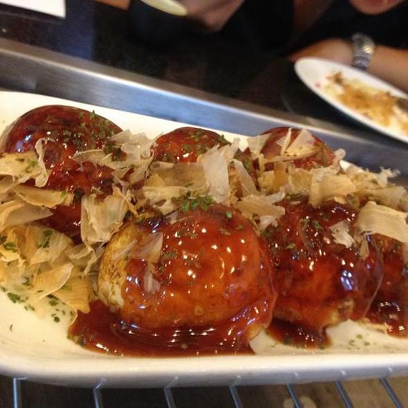 Takoyaki @ hachiya