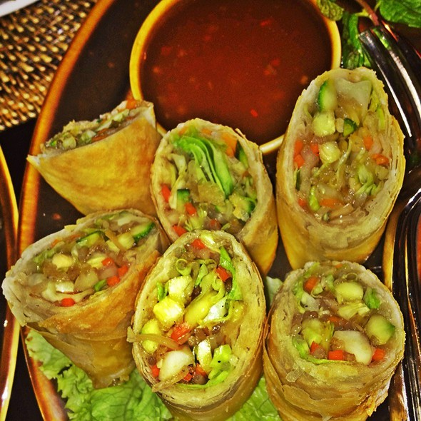 Vietnamese Spring Rolls With Sweet And Sour Sauce  @ Buddha-Bar Manila