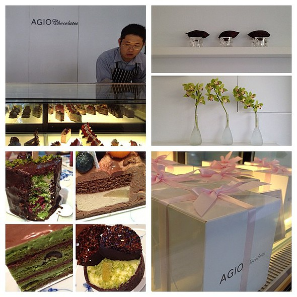agio chocolates. an amazing little chocolate and cake shop.  porn  #mobilephotography #igerstaiwan #taichung #taiwan #sydneycommunity #m2012triphome #cake #chocolate @ AGIO chocolates