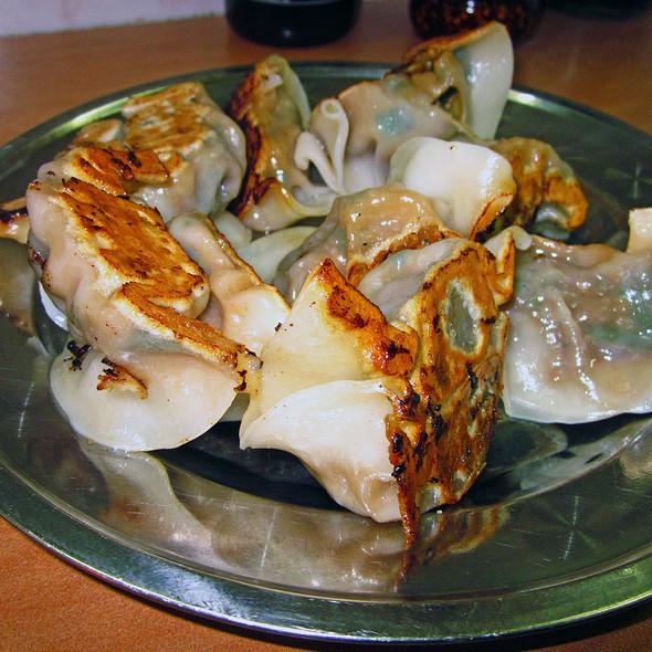 Fried Pork Dumplings @ Lam Zhou Handmade Noodle