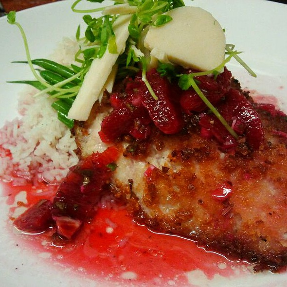 Pan Seared Yellowtail w/ Blood Orange Vinaigrette @ Louie's Backyard