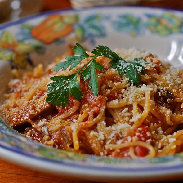Spaghetti Chitarra Ragu D'Agnello