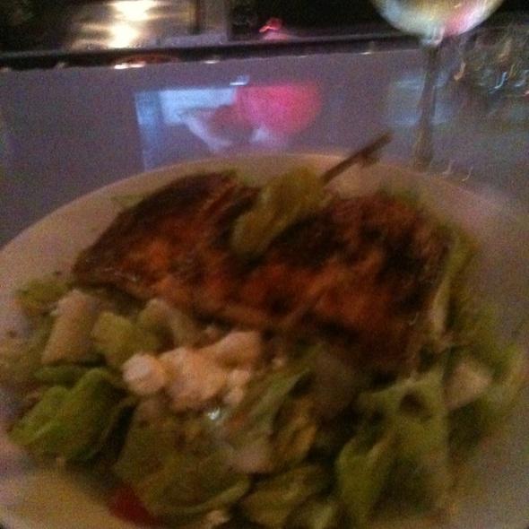 Mahi Mediterranean Salad