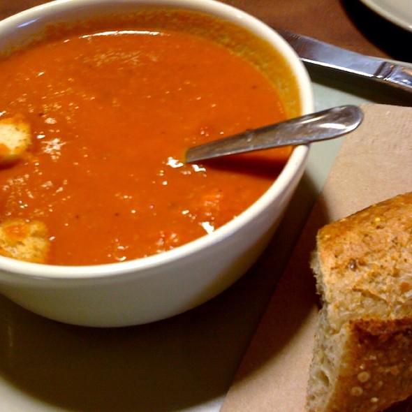 Vegetarian Creamy Tomato Soup @ Panera Bread