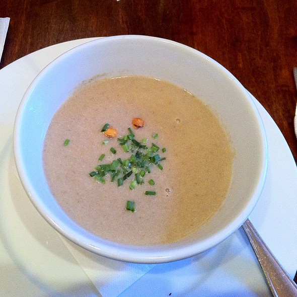 Mushroom Bisque @ Cafe Metropol