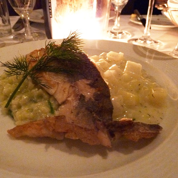 Grilled salmon on a bed of creamed kohlrabi and käsespätzle @ Hotel Miramonte