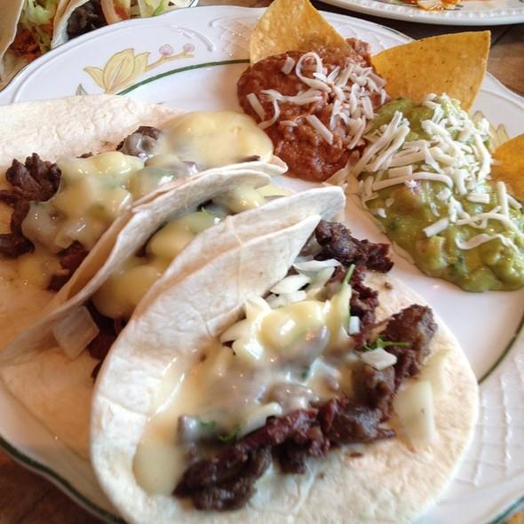Tacos Bistec @ Cielito Lindo