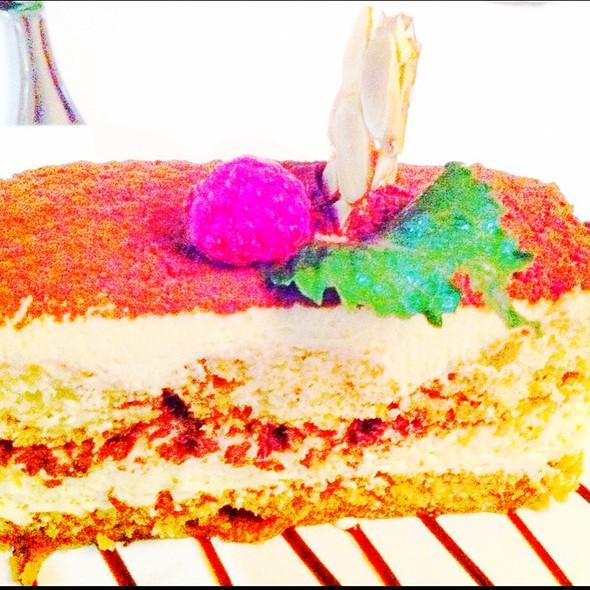 Tiramisu Cake @ Italy