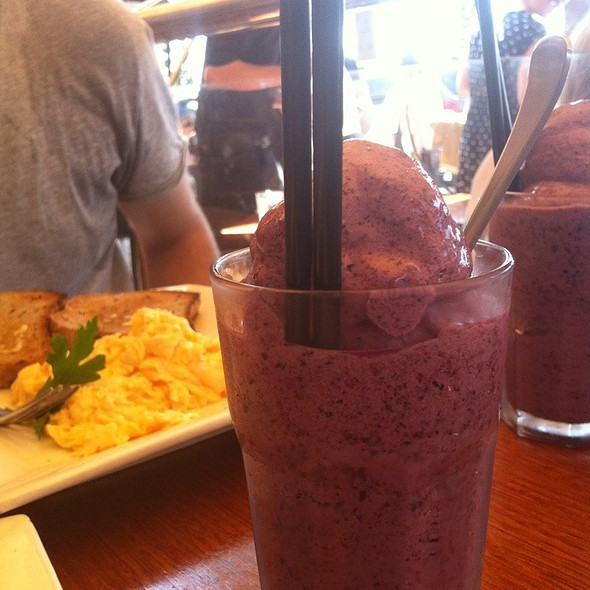 Blueberry Smoothy @ Seabar, Dee Why