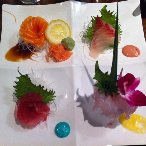 Sashimi Appetizer @ Tsuki Sushi