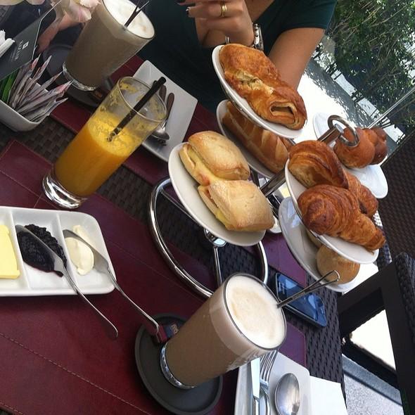 Breakfast @ Nespresso PJM