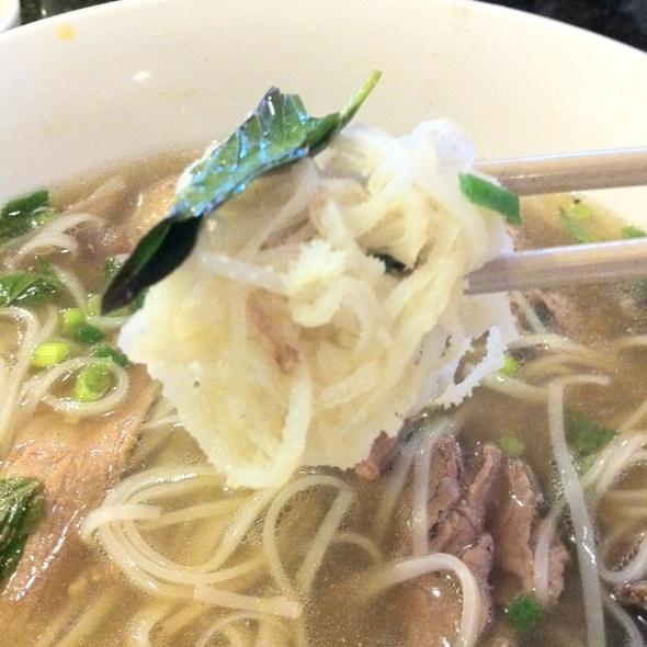Beef Tripe And Tendon Phò @ Bagolac Saigon Restaurant