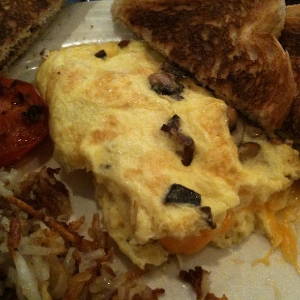 Mushroom Omelette - TEN at the Eldridge, Lawrence, KS