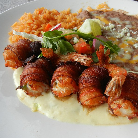 Camarones Jalisco - Shrimp Wrapped in Bacon