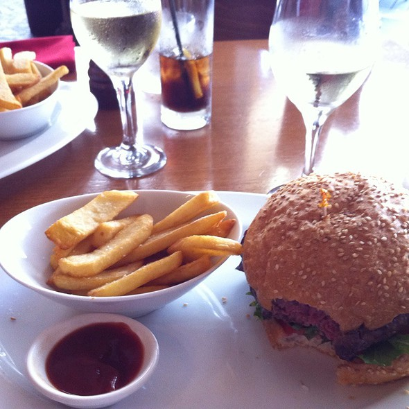 Wagyu Burger And Fries @ I'm Angus Steak House
