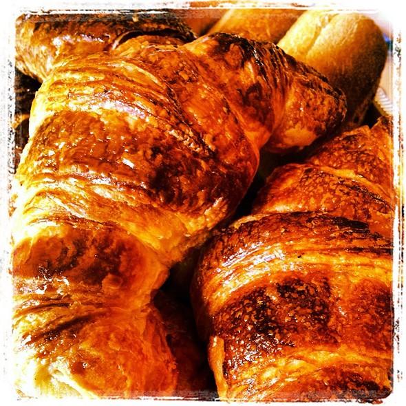 Cheese Croissant @ Brioche Doree