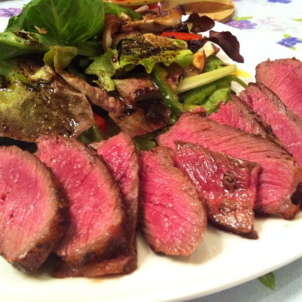 Pan-Seared Australian Sirloin & Organic Green Salad With Modema Balsamic & Maple Syrup Vineigrette @ Shanghai Home