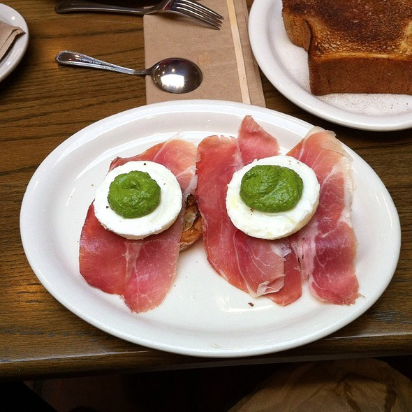 Green Eggs and Ham @ Carmel Belle