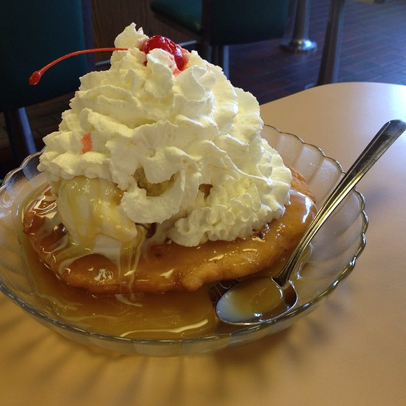 Fried Dough Sundae @ Bliss Brothers Dairy Inc