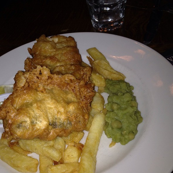 Fish And Chips With Mushy Peas @ The Clifton Hotel