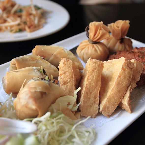Appetizer Sampler @ Thai House Express