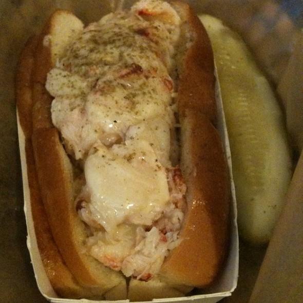 Crab Roll @ Luke's Lobster