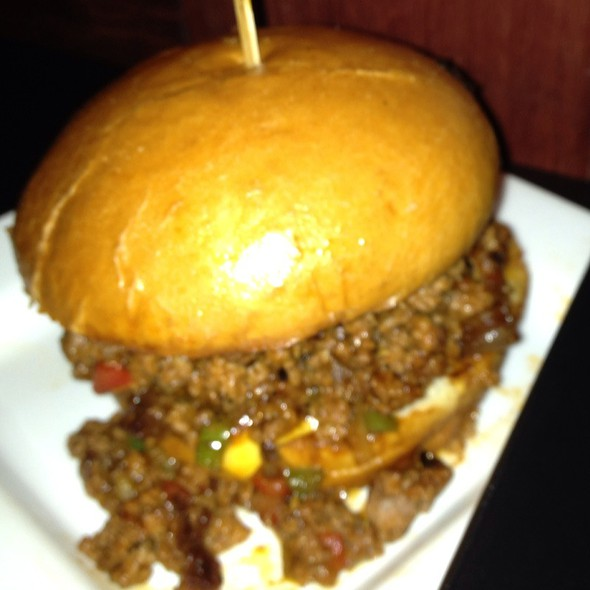 Chipotle Sloppy José @ Stuft:  a burger bar