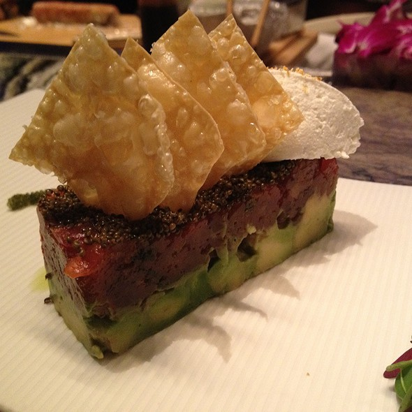 Tuna Tartare with Avocado @ Shibuya