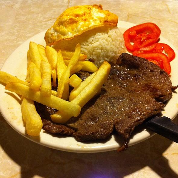 Bisteck a lo Pobre @ Fina Estampa