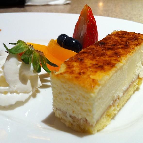 Hokkaido Cheesecake @ Inaniwa Udon-Nabe Japanese Restaurant