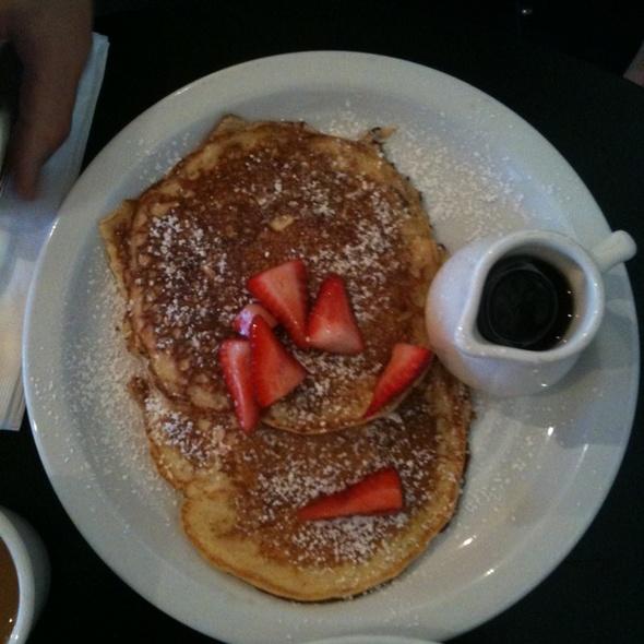 Lemon And Ricotta Pancakes @ Cafe Aquarius