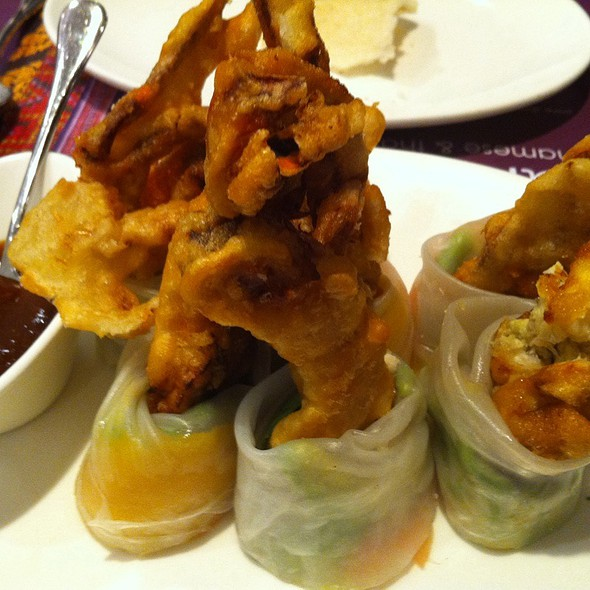 Softshell Crab, Mango And Avocado Spring Roll @ Nahm Vietnamese and Thai