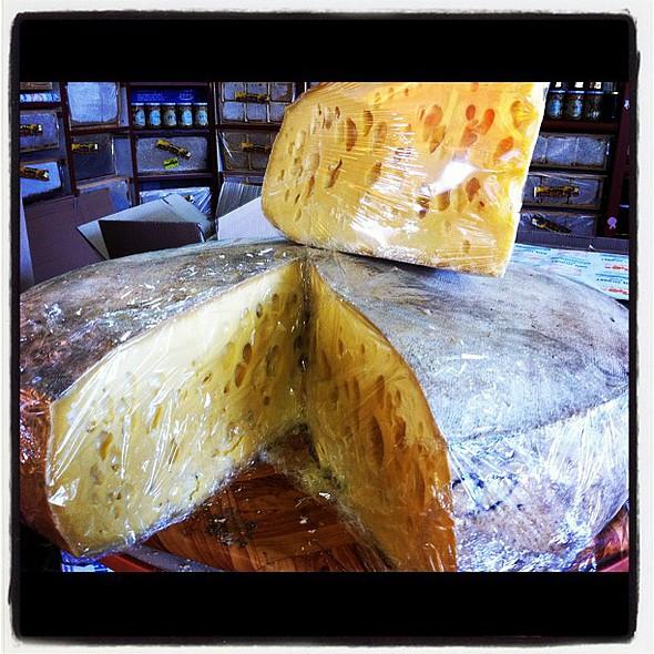 yerinde halis mulis kars gravyeri  #cheese #kars #tagazzi #igersturkey @ Kars Merkez