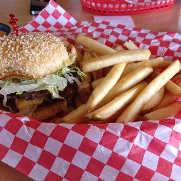 Gino's Giant @ Gino's Burgers and Chicken