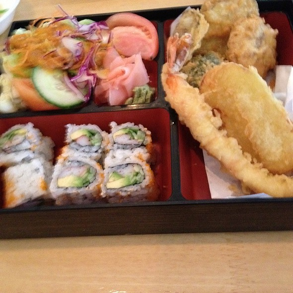 California Roll Maki @ Wild Tuna Contemporary Sushi