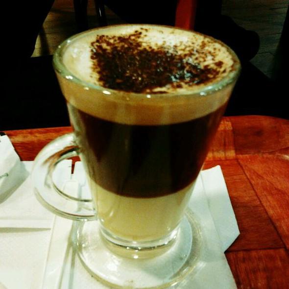 Café @ McCafé el Viñedo Valencia Vzla