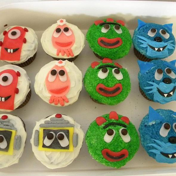 Yo Gabba Gabba Cake @ Kandi Cakes