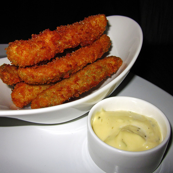 Whiskey Sour Fried Pickles @ The Toucan And The Lion