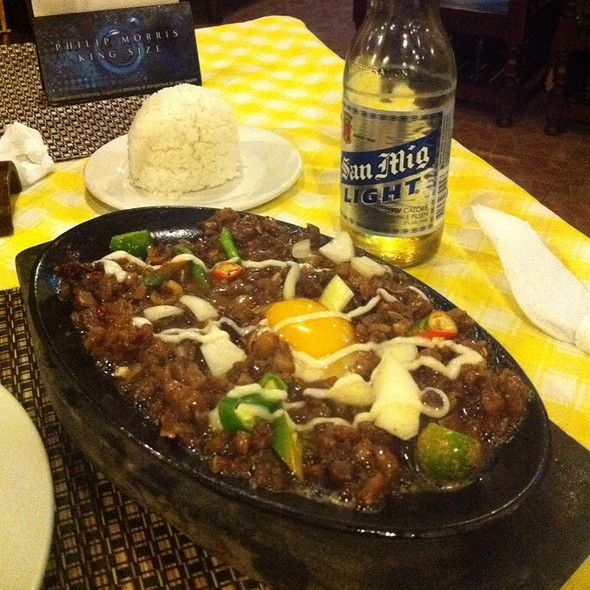 Sizzling Sisig (pork) @ Miggy's Place
