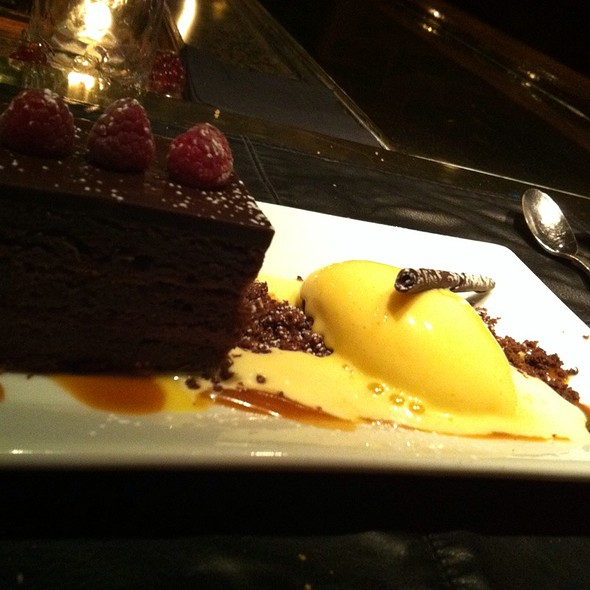flourless chocolate cake - The Refectory Restaurant & Bistro, Columbus, OH