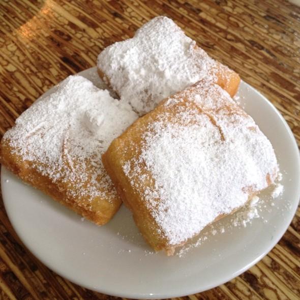 Beignets @ Bayou Bakery