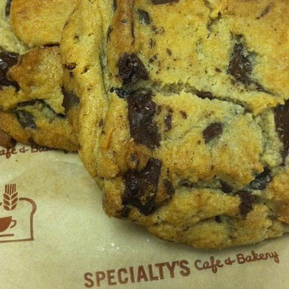 Specialty S Cafe Bakery Semi Sweet Chocolate Chunk