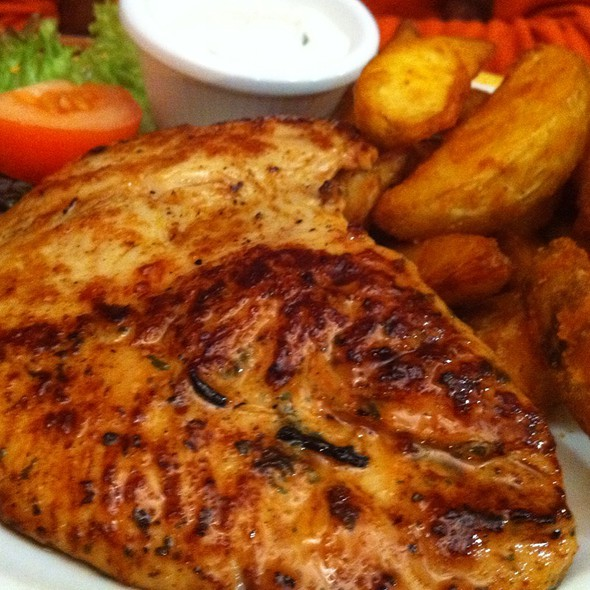 Grilled Chicken Breast @ Maredo