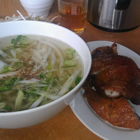 Banh Canh With Crispy Chicken @ Tan Viet Noodle House