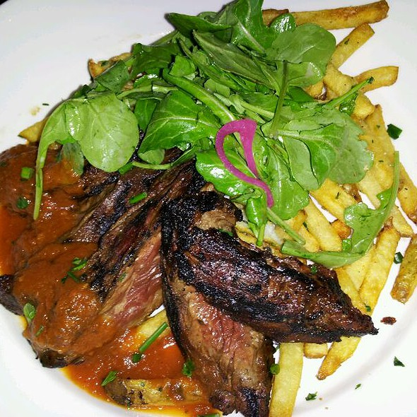 Seared Hanger Steak @ Solace and Moonlight Lounge