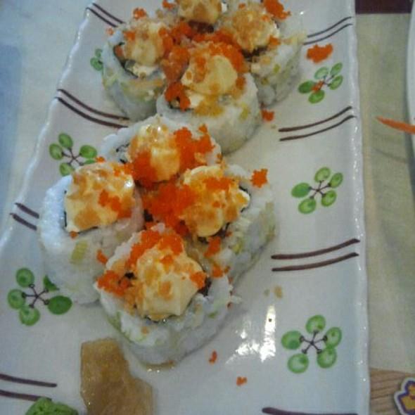 Salmon Crunch Sushi Roll @ Tempura Japanese Grill